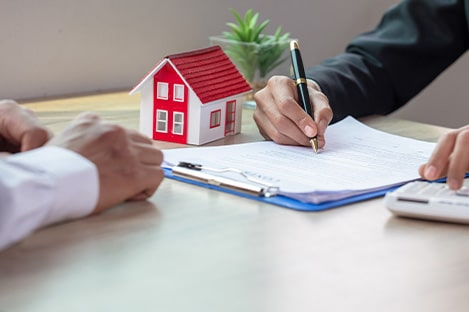 Property manager is handling documentation process