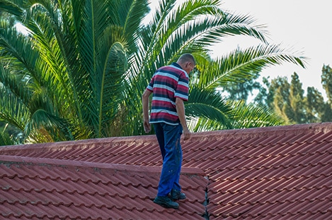 management team is inspecting property in coral springs