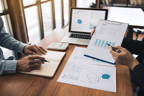creating a financial report for homeowner