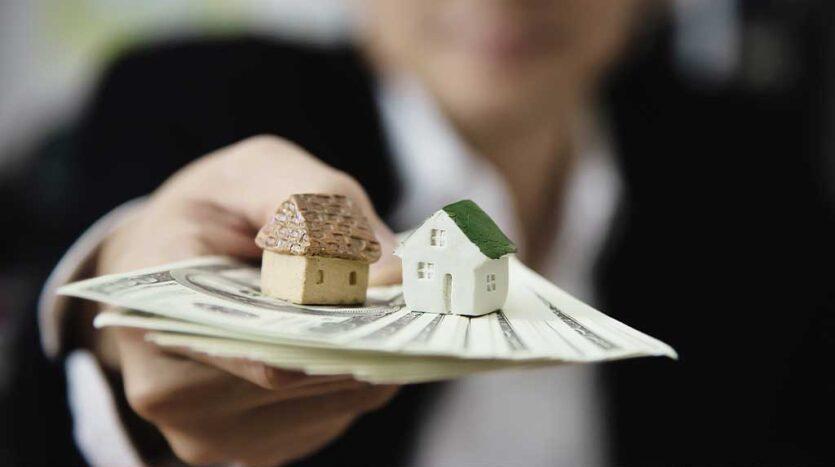 1 Homeowners Association HOA Fees 1