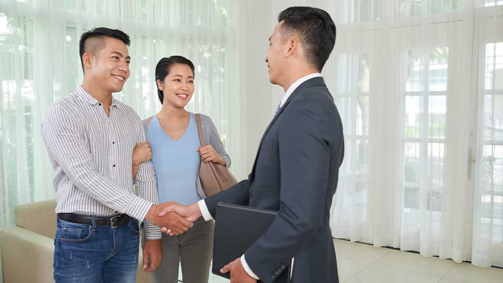 8 Hire a Property Manager