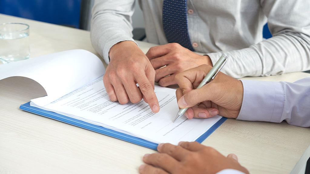 Prepare a clear lease agreement