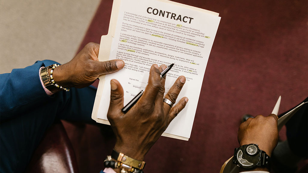 What are the Types of Co-Tenancy Clauses?