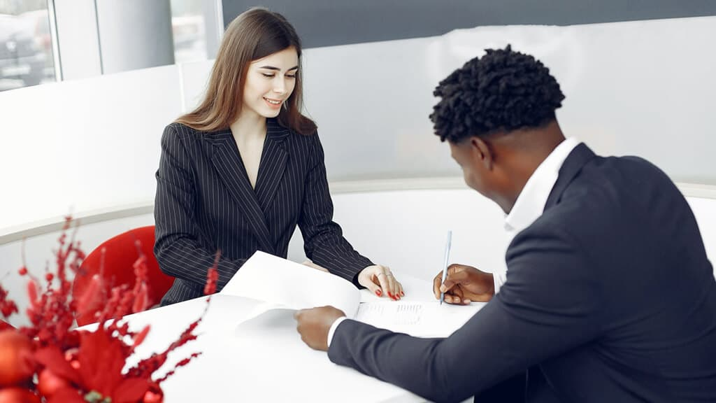 5 Roles and Responsibilities of an HOA Secretary: Property Management