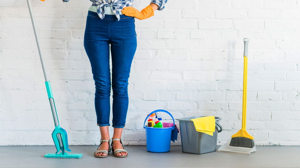 8 Tips for Cleaning Your House in the Summer