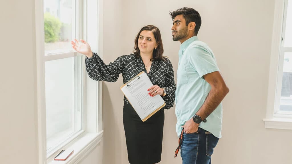 What Does the Homeowner's Association Do?