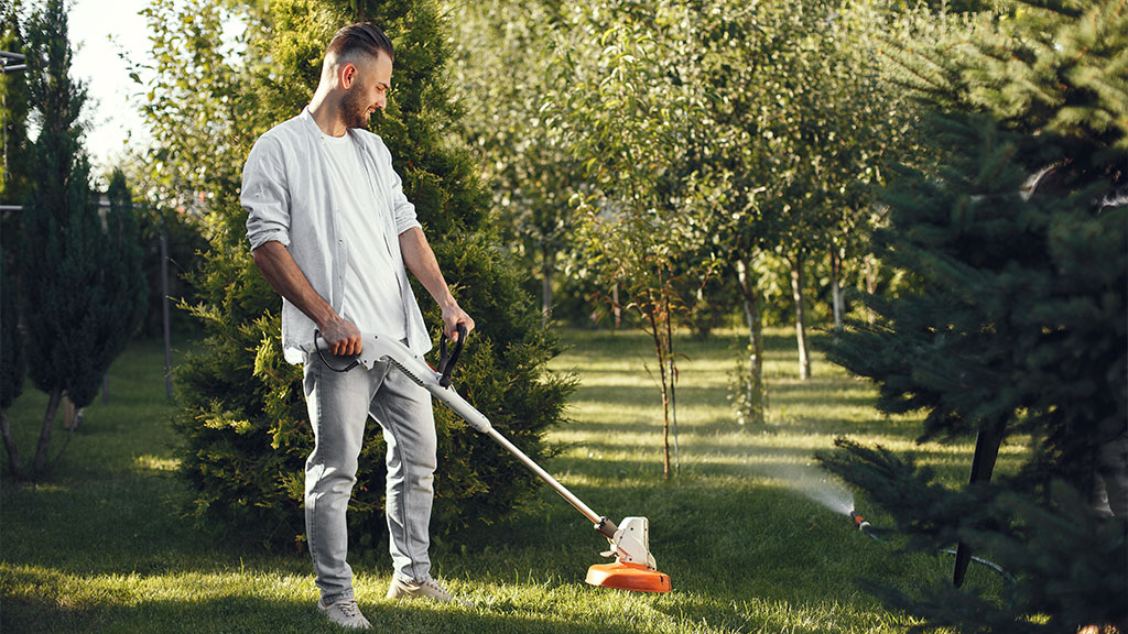 You need to take care of the home's curb appeal