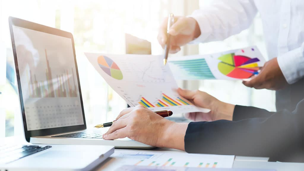 Conducting a Comparative Market Analysis (CMA)