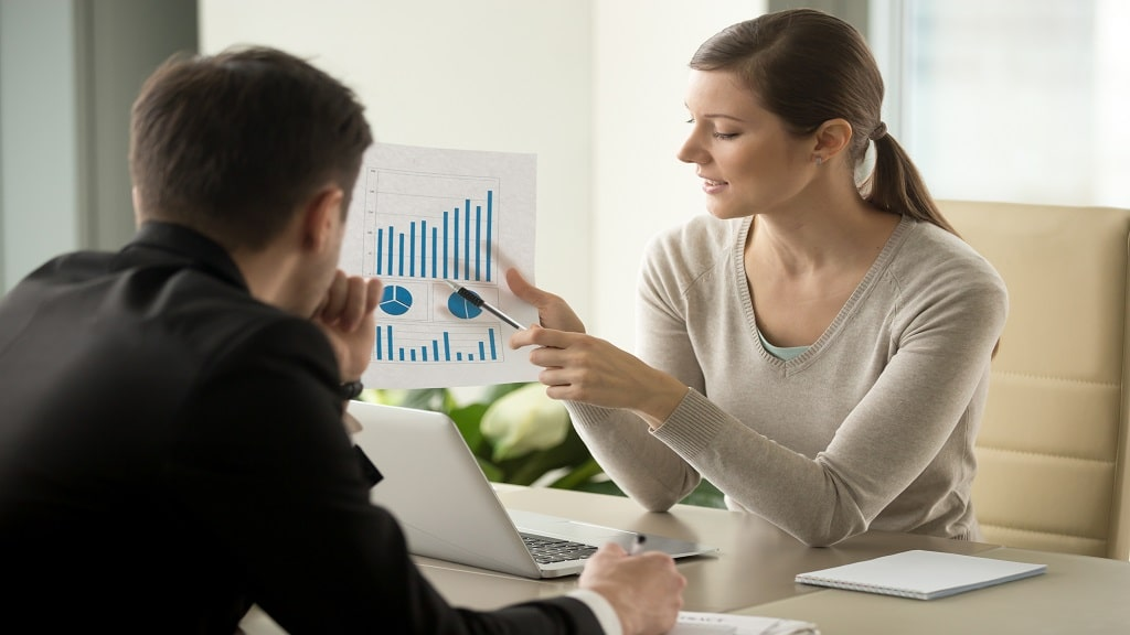 What does the price-to-rent ratio tell property investors?