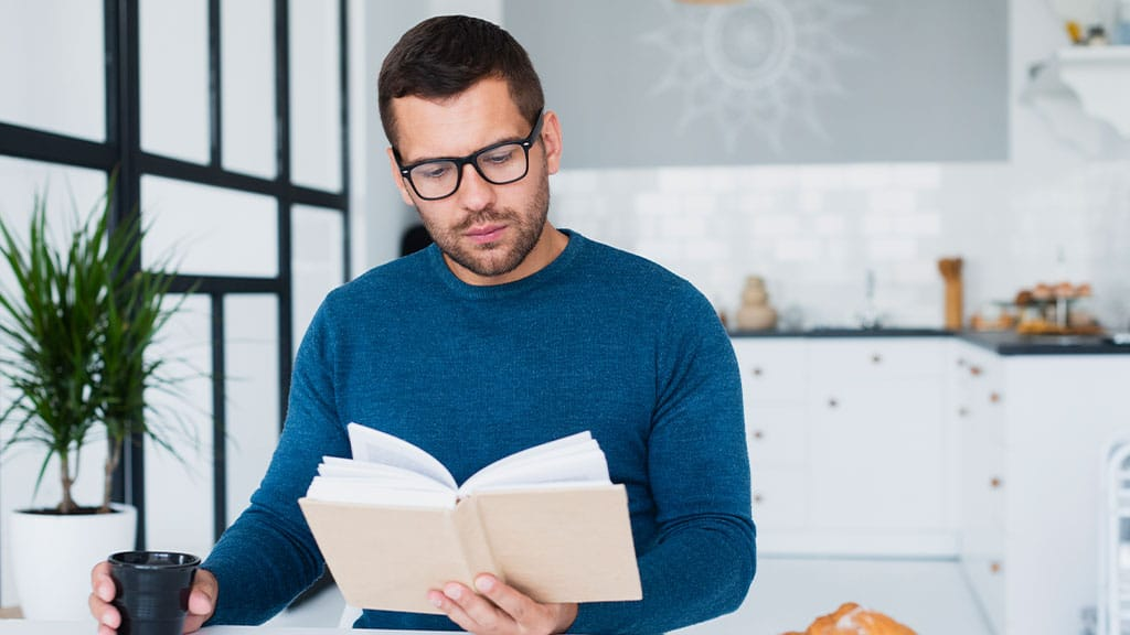 9 Books Every Real Estate Investor Should Read