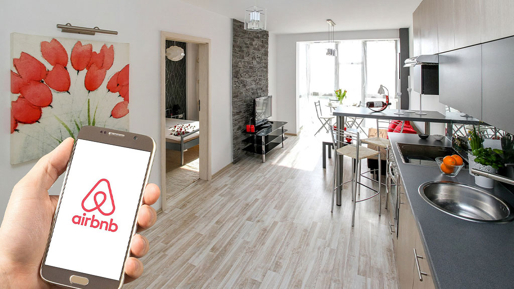 Rental Arbitrage: How to Make Money on Airbnb Without Owning Property